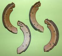Rear Brake Shoes (2.8 / 3 litre)