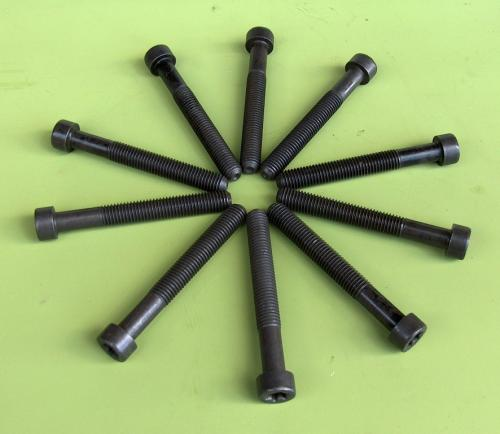Head Bolt Set: Pinto